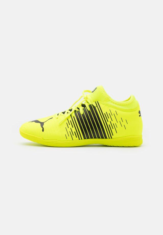 FUTURE Z 4.1 IT - Halové fotbalové kopačky - yellow alert/black/white