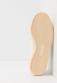 Flamingos' Life - ROLAND UNISEX - Sneakersy niskie - green/ivory - 4