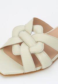 KUNOKA - SYLVIE - Slippers - white - 4