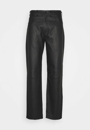 TROUSERS REGULAR FIT - Leather trousers - black
