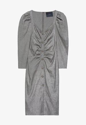 MIT SCHMUCKKNOPF - Shirt dress - grey