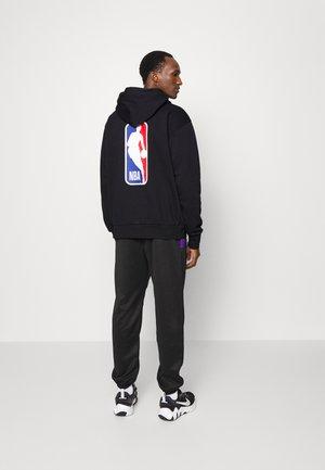 NBA TEAM 31 ESSENTIAL LOGO HOODIE - Hoodie - black