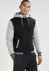 Urban Classics - 2-TONE ZIP HOODY - Zip-up hoodie - black/grey - 0