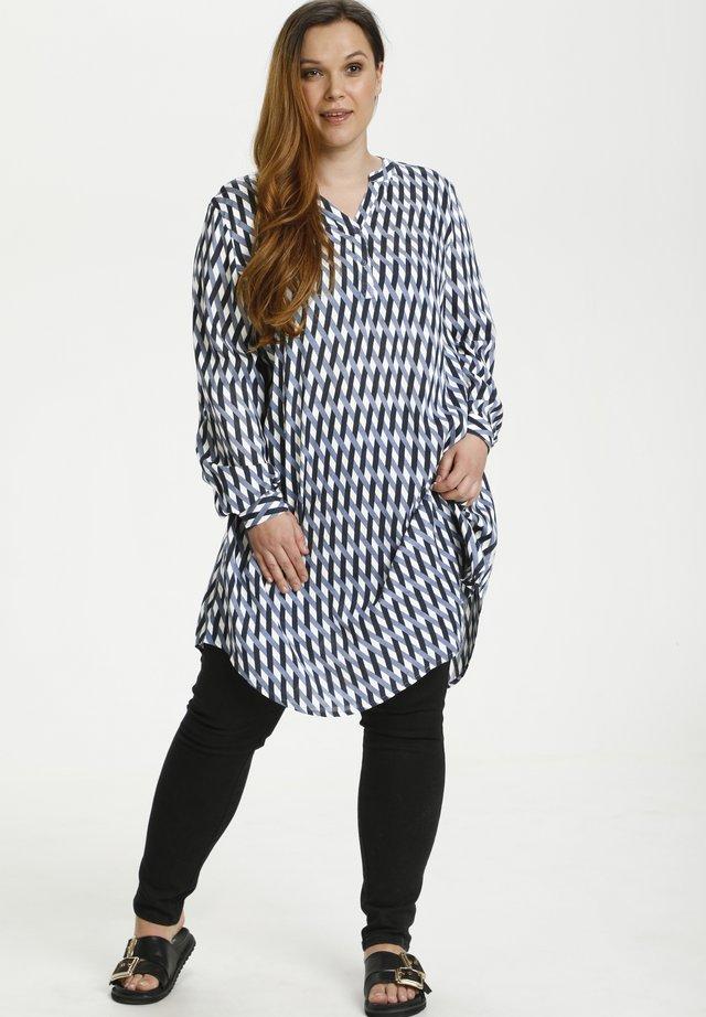 MILANA - Sukienka koszulowa - flintstone / chalk braid print
