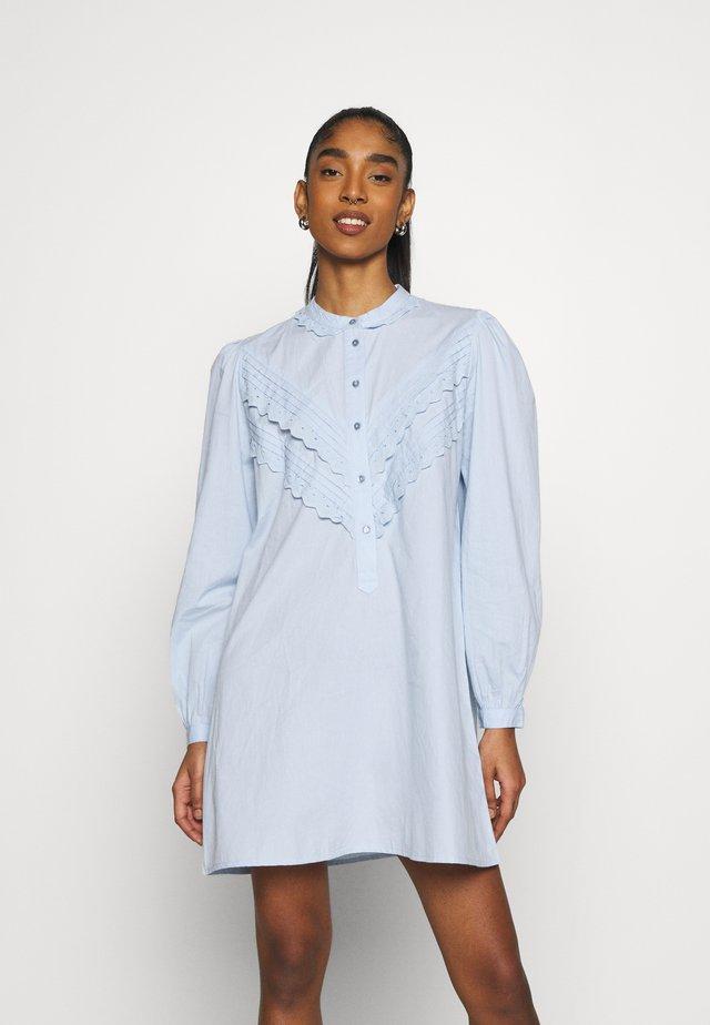 JDYMUMBAI LIFE - Shirt dress - cashmere blue