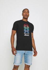 Ellesse - MAGARIO TEE - Print T-shirt - black - 0