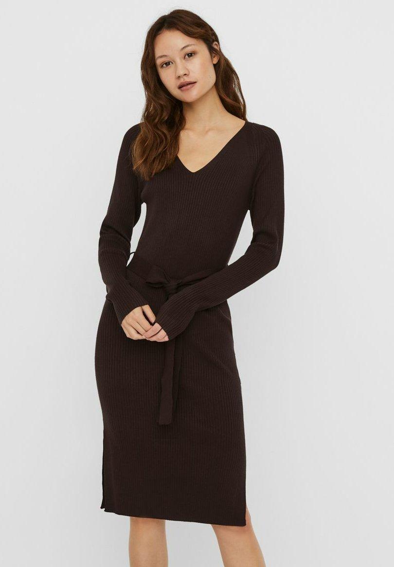 Mujer VMBARBARA V-NECK BELT DRESS - Vestido de tubo