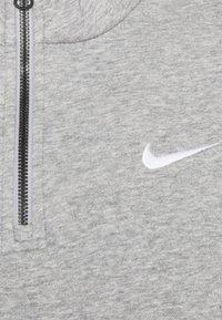 Nike Sportswear - TREND - Sweatshirt - grey heather/matte silver/white - 6
