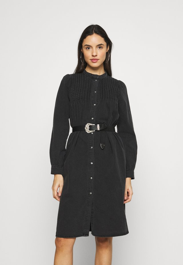 ONLRAINA DRESS YORK - Denimové šaty - black denim