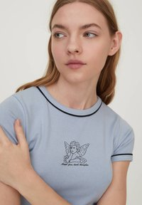 PULL&BEAR - Print T-shirt - light blue - 3