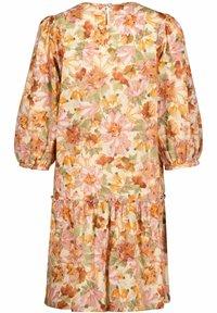 Rich & Royal - Day dress - orange - 3