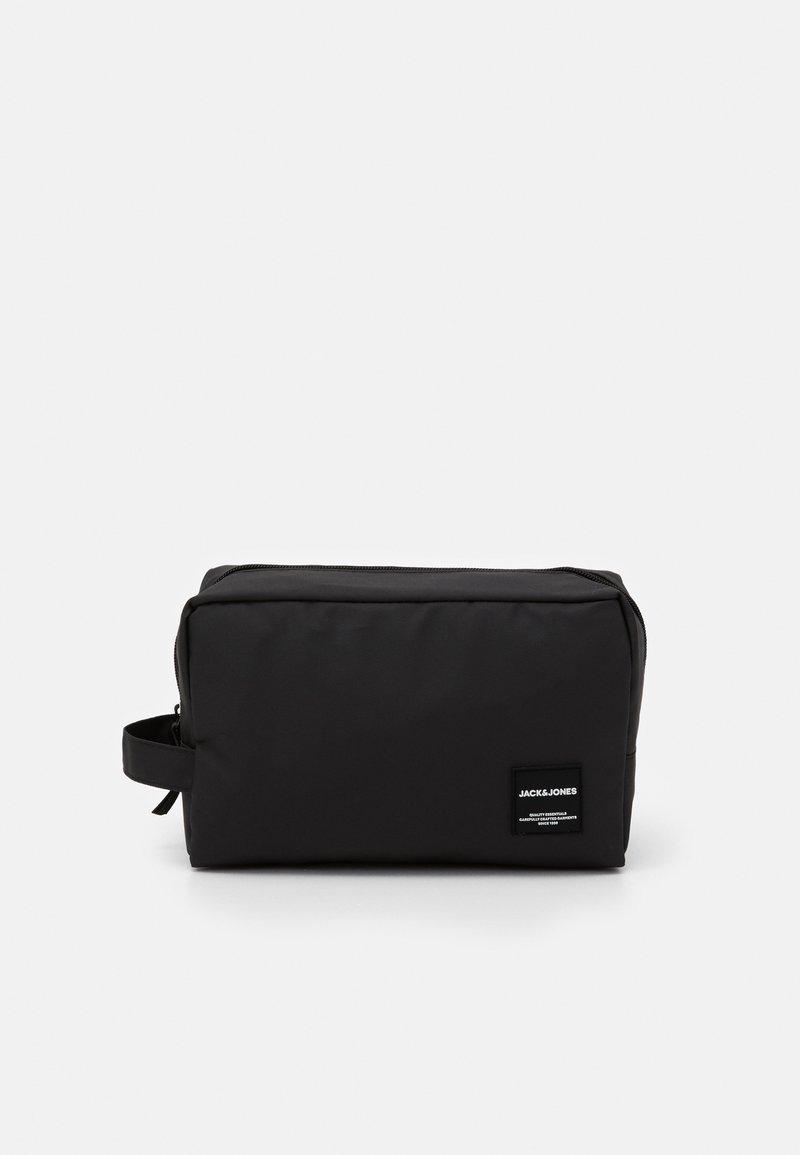 Jack & Jones - JACREX TOILETRY BAG - Wash bag - black