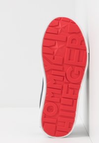 Tommy Hilfiger - Sneakers laag - blue/white - 5