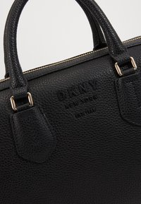 DKNY - NOHO MEDIUM SPEEDY SATCHEL - Handbag - black - 5