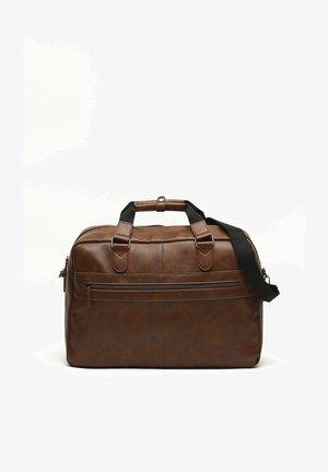 BRODY  - Weekend bag - camel