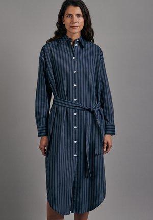 SCHWARZE ROSE - Shirt dress - dunkelblau