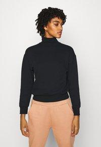 Even&Odd - High Neck Sweatshirt - Sweatshirt - black - 0