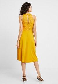 mint&berry - Day dress - golden yellow - 3