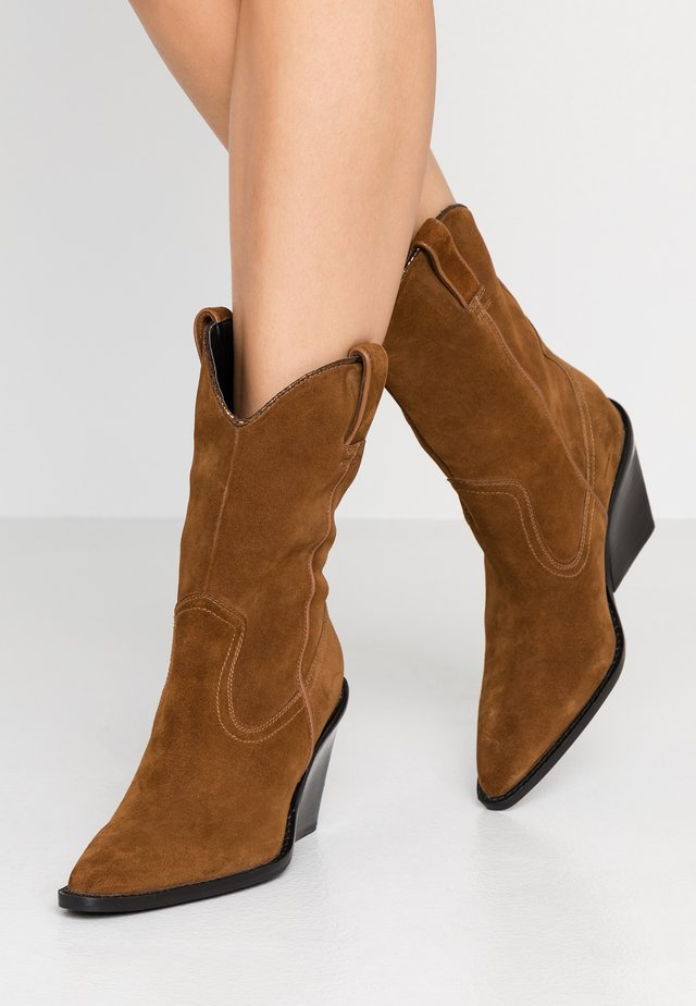 NEW KOLE  - High heeled boots - cognac