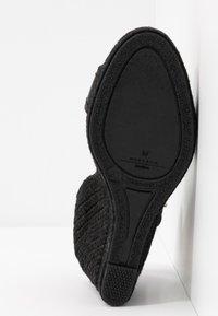 WEEKEND MaxMara - RAGGIO - High heeled sandals - schwarz - 6