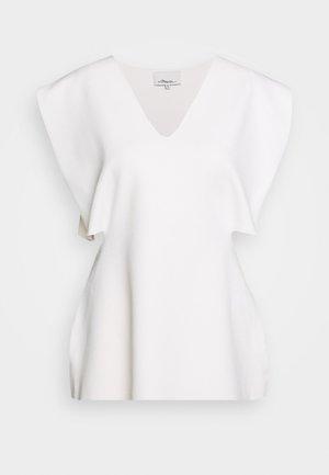 SIDE CUTOUT - Basic T-shirt - ivory
