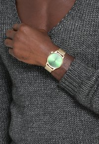 Komono - THE WINSTON ROYALE - Reloj - gold/dark green - 0