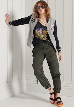 PARACHUTE - Cargo trousers - olive night