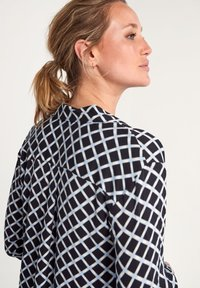 comma casual identity - Button-down blouse - dark blue grid - 5
