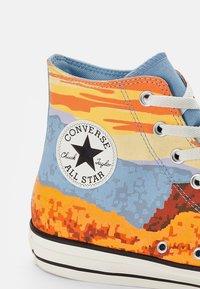 Converse - CHUCK TAYLOR ALL STAR NATIONAL PARKS - High-top trainers - magma orange/sea salt blue/egret - 5
