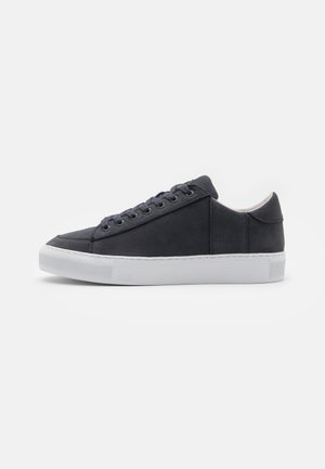 TOURNAMENT - Sneakers laag - navy/white