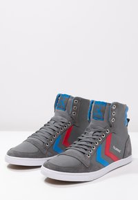 Hummel - SLIMMER STADIL - Høye joggesko - castle rock/ribbon red/brilliant blue - 2