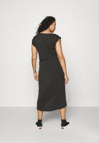 Ragwear Plus - ETHANY - Jersey dress - black - 2