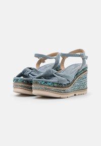 Alma en Pena - Sandály na platformě - jeans - 2