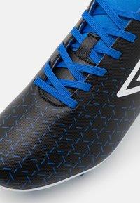 Umbro - VELOCITA V CLUB FG - Moulded stud football boots - black/white/victoria blue - 5