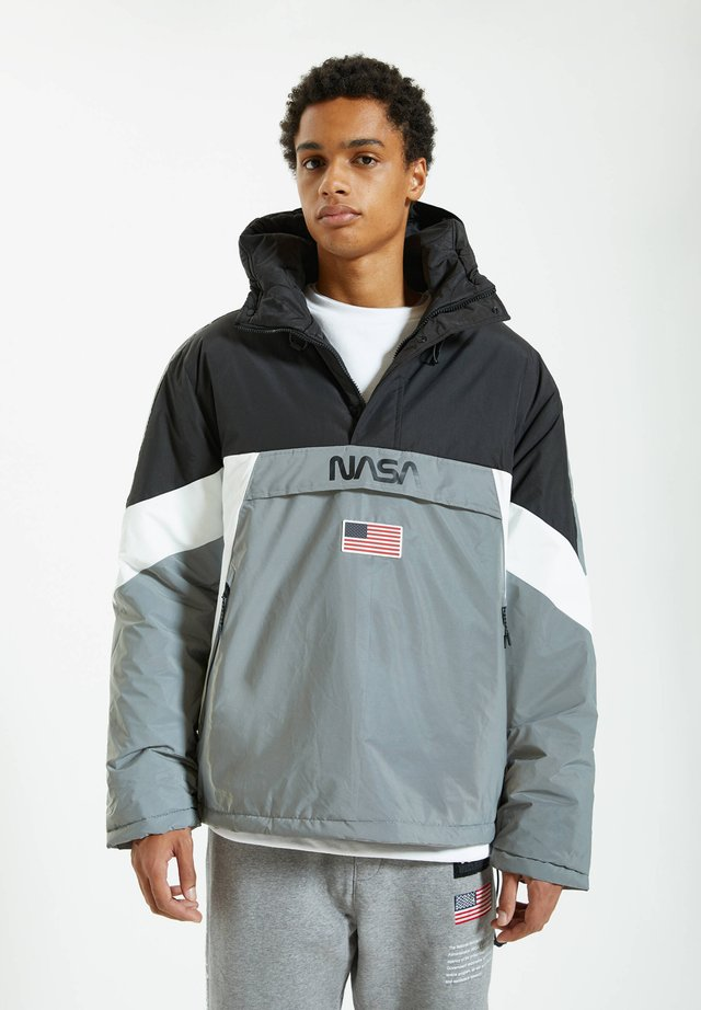 Windbreaker - grey
