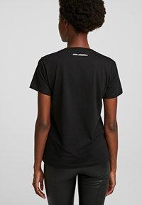KARL LAGERFELD - T-Shirt print - black - 1