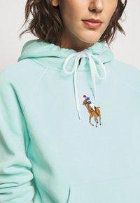 Polo Ralph Lauren - SEASONAL - Mikina skapucí - parakeet - 4