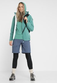 Vaude - WOMENS TUENNO PULLOVER - Long sleeved top - nickel green - 1