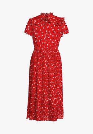 KLEID KURZ - Day dress - flame red