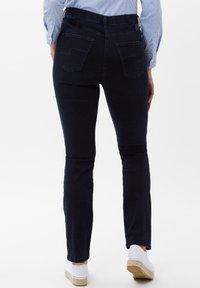 BRAX - STYLE LAURA SLASH - Slim fit jeans - dark blue mit effekt - 1