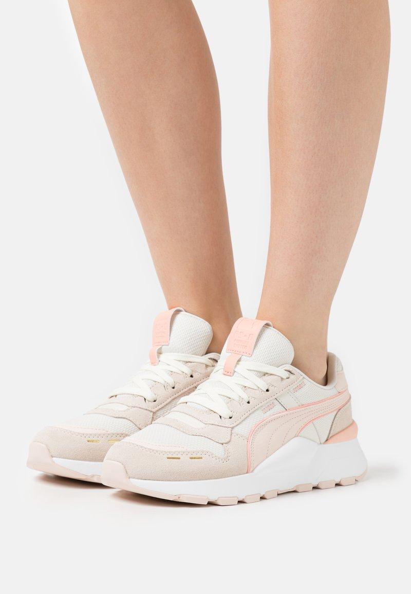 Puma - RS 2.0 FEMME  - Tenisky - marshmallow/eggnog/cloud pink