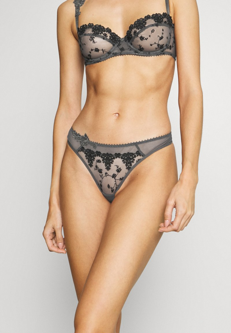 Passionata - NIGHTS - String - gris intense