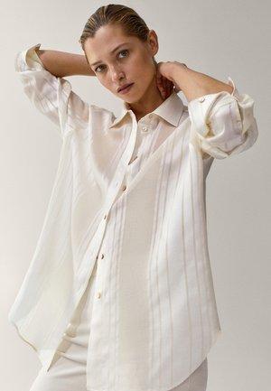 MIT STREIFEN  - Button-down blouse - white