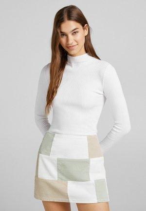 Mini skirt - light green