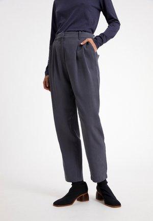 ARETAA - Trousers - indigo