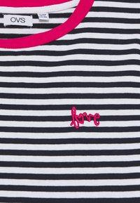 OVS - STRIPED  - T-shirt z nadrukiem - night sky - 2