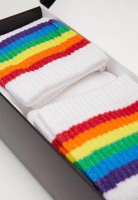 Pier One - 2 PACK - Ponožky - white - 2