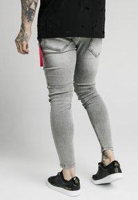 SIKSILK - DISTRESSED FLIGHT - Jeans Skinny Fit - snow wash - 2