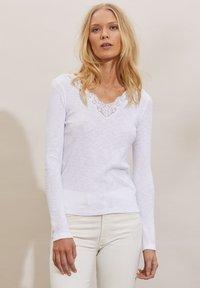 Odd Molly - NINA - Long sleeved top - light chalk - 2