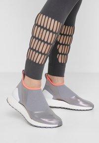 adidas by Stella McCartney - PARLEY SPORT WARP KNIT WORKOUT LEGGINGS - Punčochy - grey five - 4